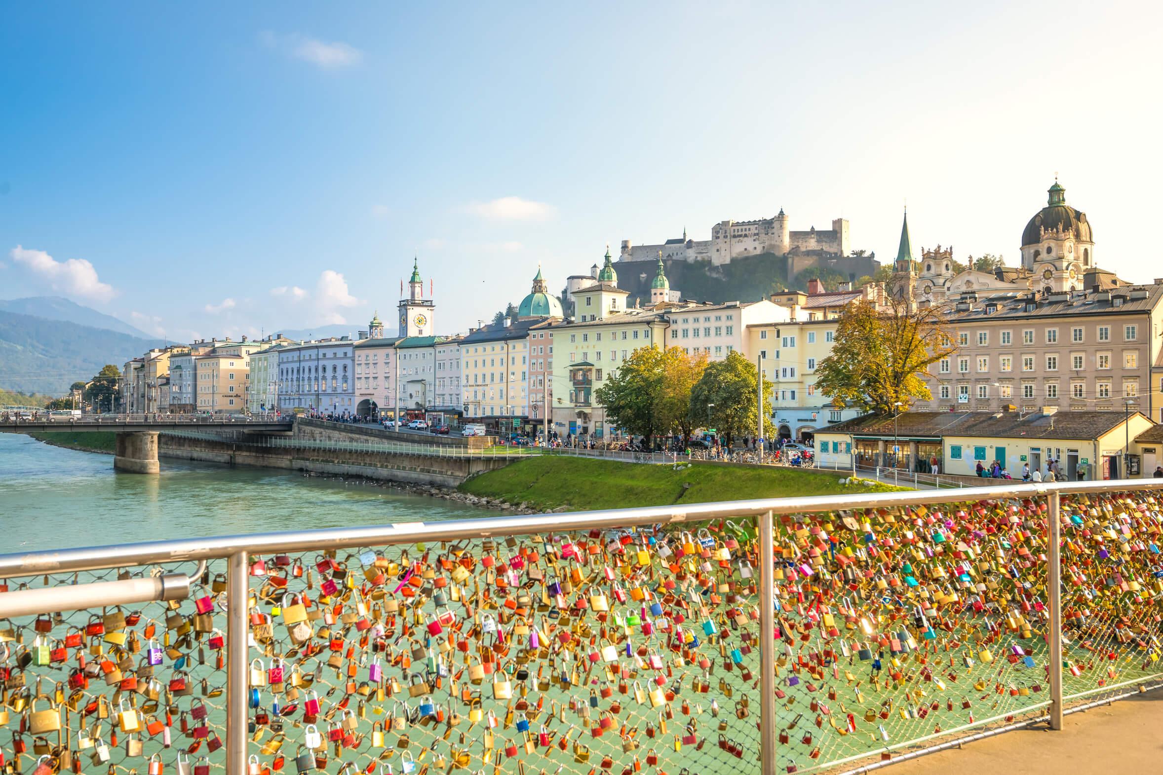 Ein Blick auf die Festung in Salzburg