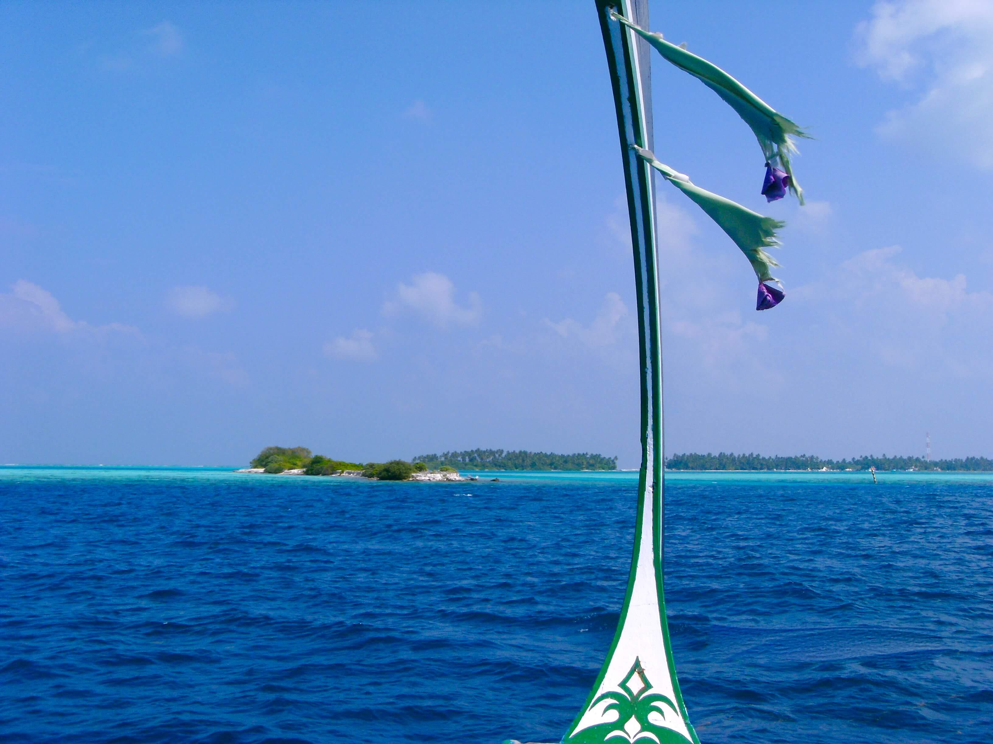 Ein traditionelles Boot auf den Malediven