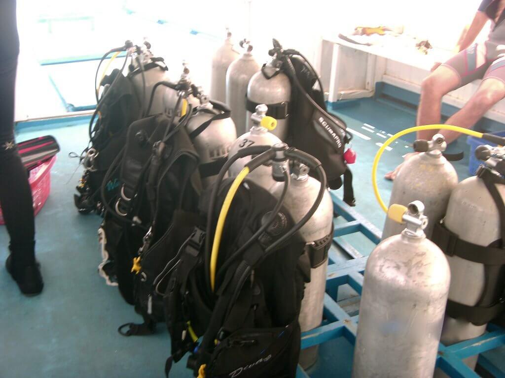 Sauerstoffflaschen zum Tauchen