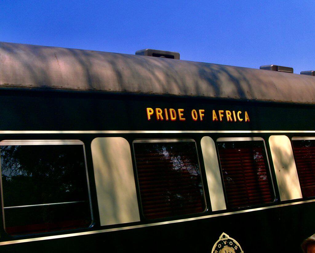 Zug in Afrika